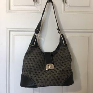 dooney & bourke shoulder bag